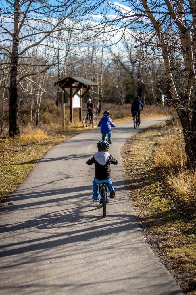 Showing family activity in oakville from an oakville physio blog